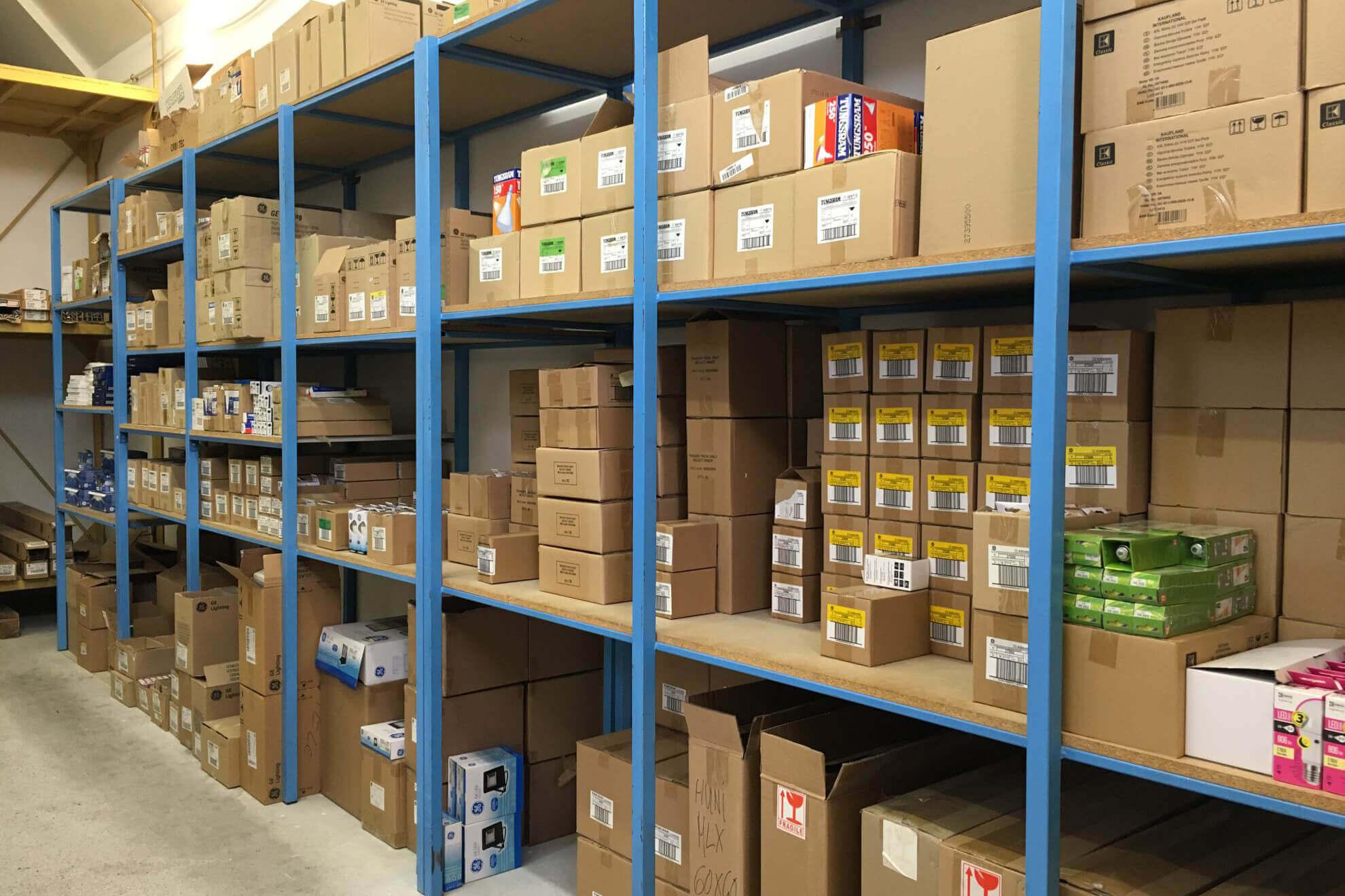 Fényforrások, lámpatestek nagykereskedelme